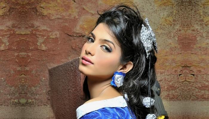 Sonya Hussain Beautiful Pakistani Woman