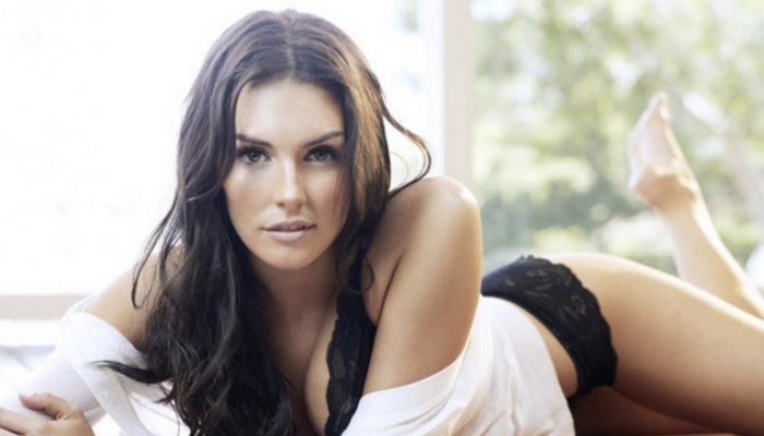 Taylor Cole HD Picture