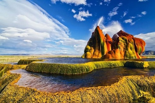 Fly Geyser - Nevada