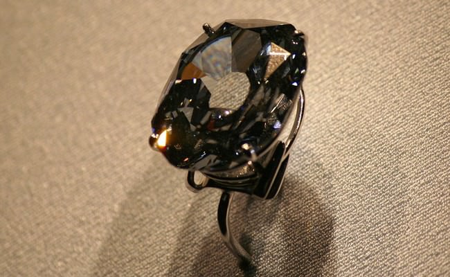 Wittelsbach-Graff Diamond Ring - $ 80 Million