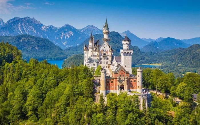 Magical Fairytale-Like Destinations