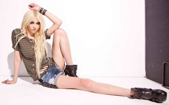 Top 10 Women of Rock N' Roll Taylor Momsen