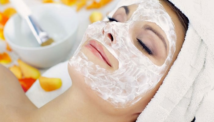 Get Rid of Acne by Egg White Mask