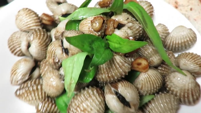 Blood clams Most Poisonous Foods