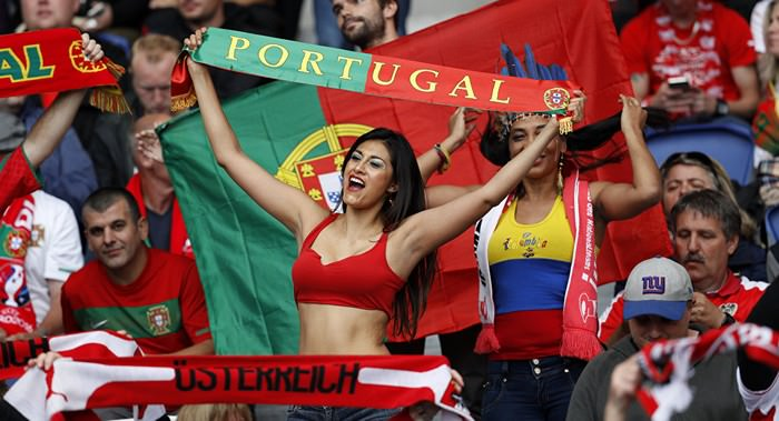 Hospitality of Portugal People