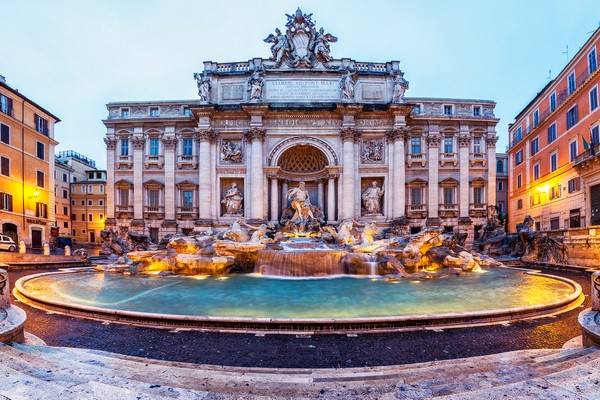 Trevi Fountain (Rome, Italy)