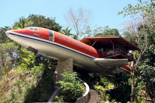 Plane Hotel