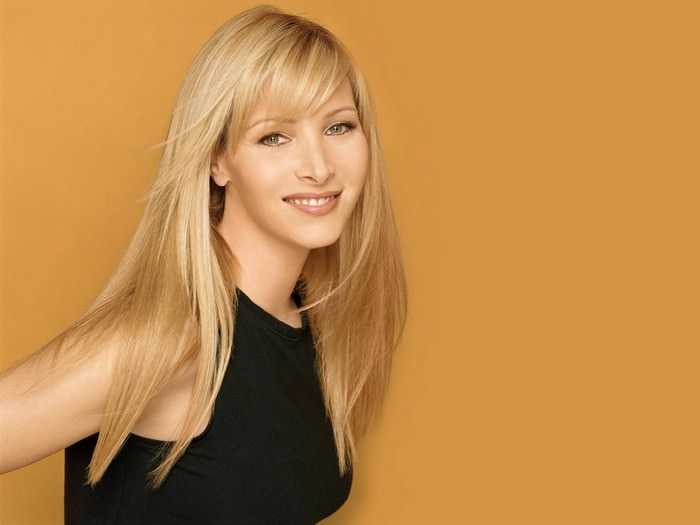 Lisa Kudrow Most Educated Female Celebrities
