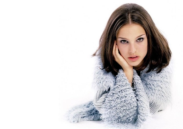 Natalie Portman Best Educated Hollywood Actresses