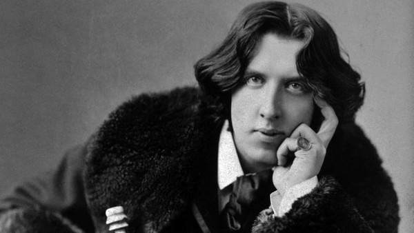 Oscar Wilde Famous people who died penniless