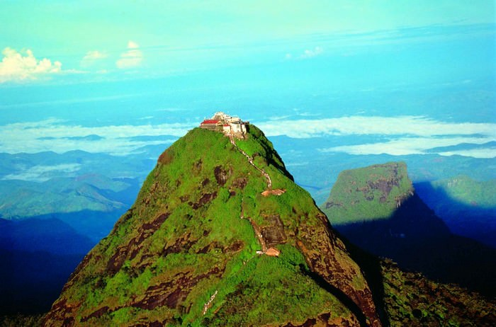 Adam's Summit Destinations in Sri Lanka