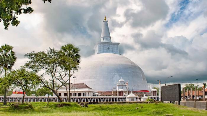 Anuradhapura travel destinations in Sri Lanka