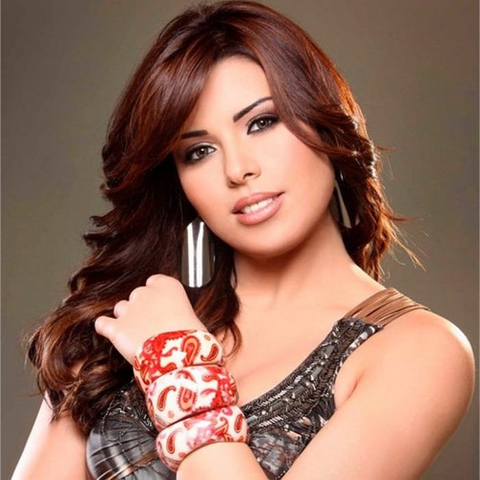Amani Swissi Beautiful Female Arab Singers