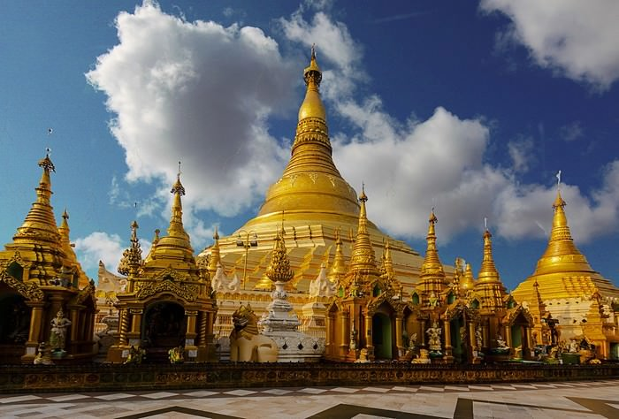 Shwedagon Pagoda Tourist Attractions in Myanmar