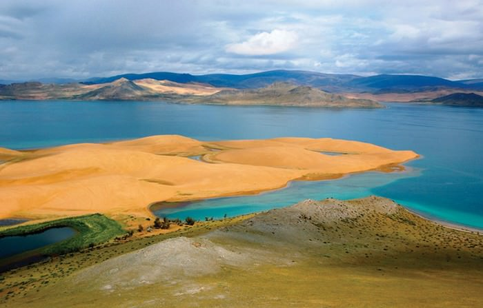 Khar Nuur of Zavkhan Province