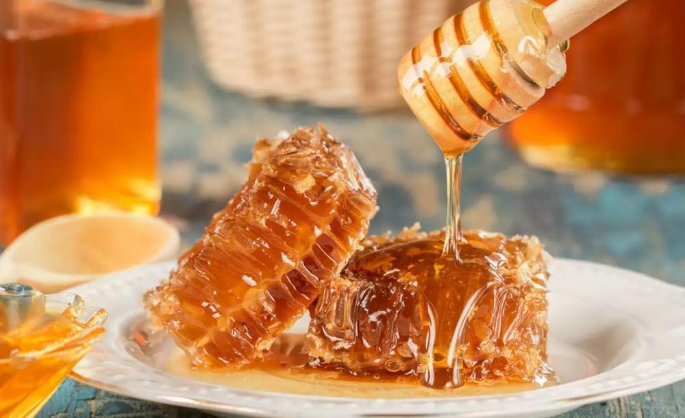 benefits of bee honey